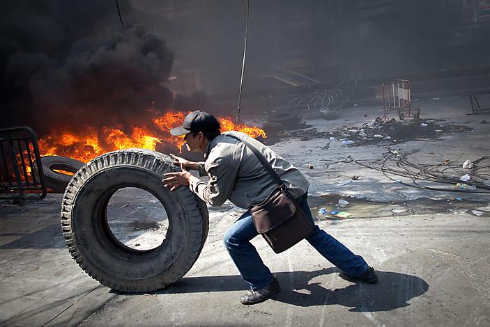 Violence Hits Bangkok As Military Cracks Down